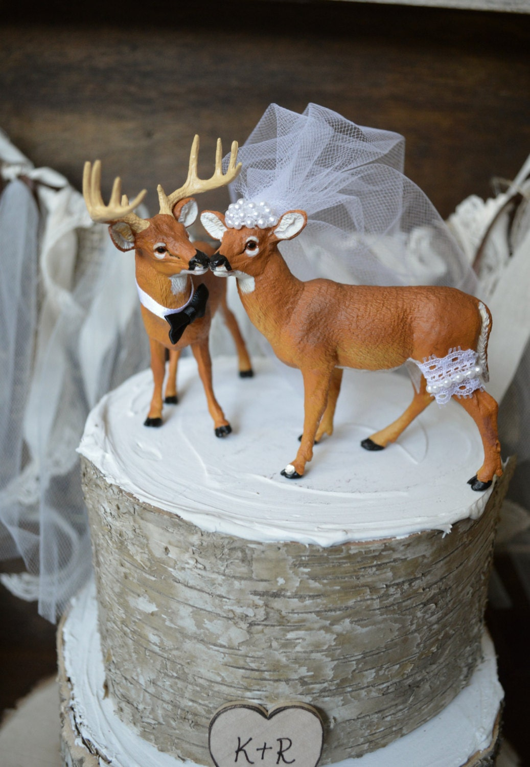 bow hunting wedding cake toppers deer wedding cake topper wedding cake topper deer 12107