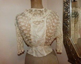 Antique French Victorian lace chemise blouse bodice shirt w handmade needle lace, 1800s victorian steampunk clothing vestment, long sleeves