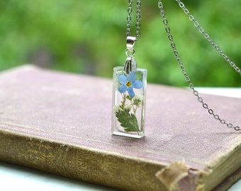 """Pressed Flowers Resin Pendant With Forget Me Not Babys Breath and Fern Leaf """"Summer Gardens"""""""