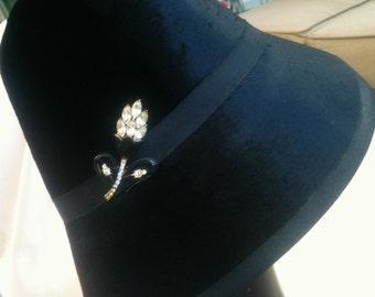 Vintage Black Lampshade Bucket Caspar Davis Designer Hat Rhinestone Black Beaver Fur Enamel Pin Brooch