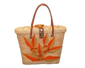 Straw Handbag, Orange & Yellow Yarn Floral Pattern, Summer Handbag, Bucket Bag, Vintage 60s Mod Handbag