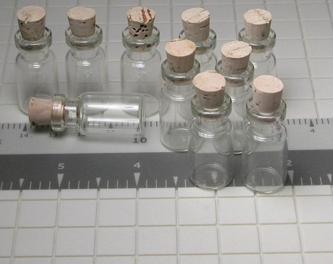 50 Miniature Bottles, Small, Glass Bottles, With Corks, Herbs, Liquids, Shells, Decorative Bottle, 3.0cm x 1.3cm, Potion, winterparkcollect