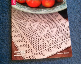 Filet Table Runners Crochet Pattern Book