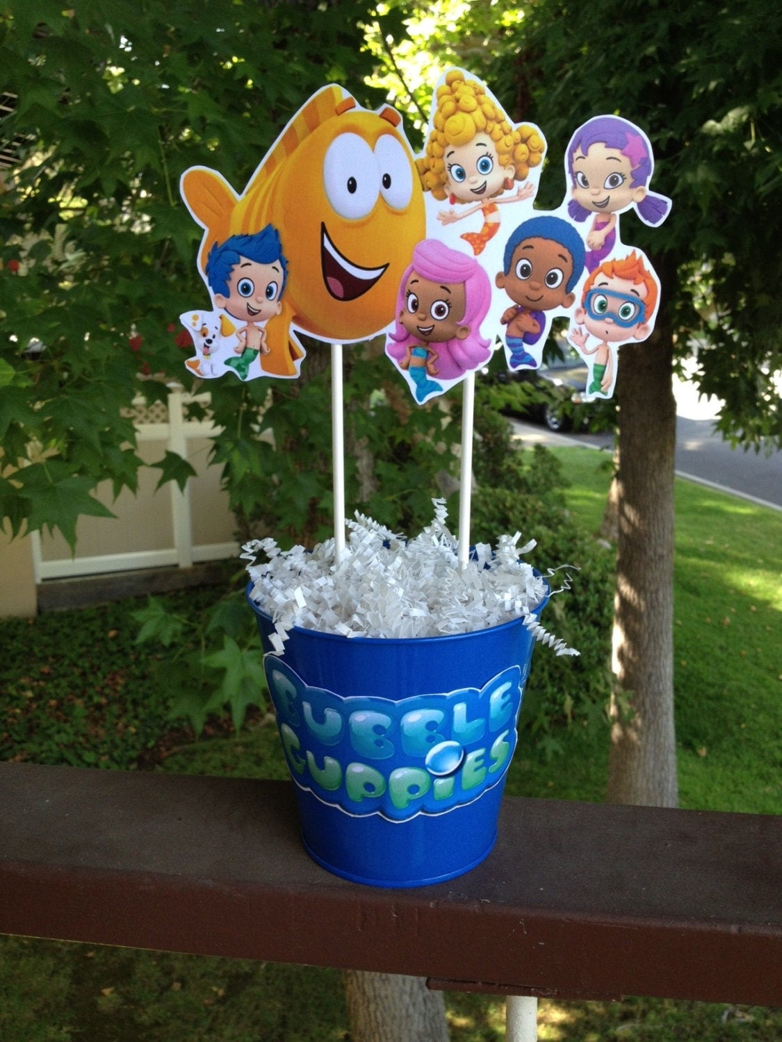 Fully assembled bubble guppies centerpiece birthday party - Bubulles guppies ...