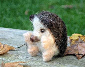 Hedgehog - Needle Felted Animal Toy - Autumn Woodland Waldorf Decoration