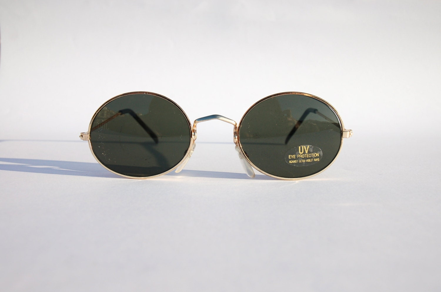 b70e9181bb8 AUTHENTIC VINTAGE 90S CIRCLE SUNGLASSES/ OVAL SHADES W GOLD TONE FRAME -  NOS DEAD STOCK STEAMPUNK /GRUNGE/RAVE on The Hunt