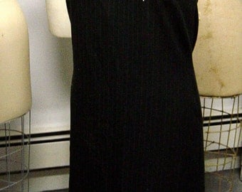 Slimming Vintage 1970s Pinstriped Pellini Embroidered Dress Beach Coverup Bust 37-38