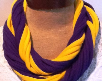 Washington Huskies - T Shirt Scarf  Infinity Scarf Belt - Go Dawgs