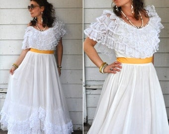 70s Tiered White Lace Maxi Dress Over the Shoulders Wedding Prom Bride Bridal Boho Hippie Size XXS - XS