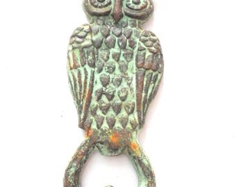 Very Last One!!! Owl Cast Iron Bottle Opener - Drink Opener - Cast Iron Plaque - Wall Hanging - Vintage Style - Shabby Chic