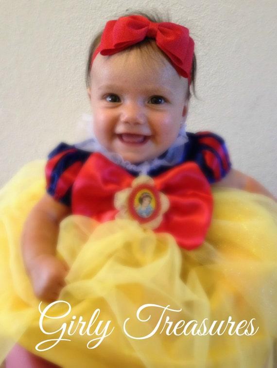 Red Snow White Bow Headband. Baby Headband. Girl Headband. Disney Headband. Princess Red Bow.