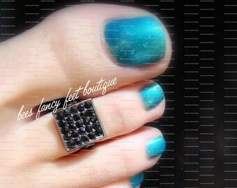 Toe Ring - Black Rhinestones - Gun Metal - Stretch Bead Toe Ring