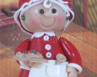 Mrs. Claus for fairy garden OOAK ornament, handmade miniature, collectible, cake topper