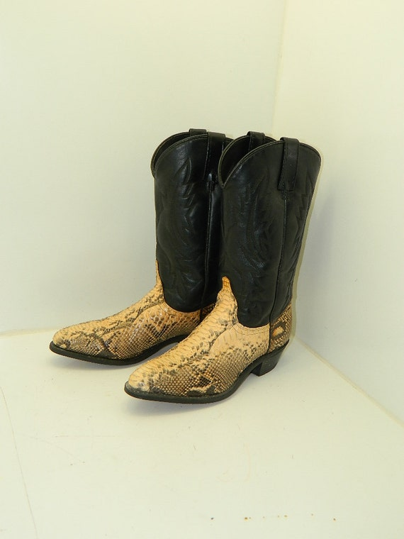vintage acme snakeskin cowboy boots womens size 8 by