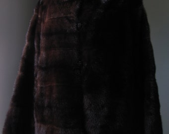 Ultimate Luxury Gift Or Wedding Bridal Accessories/Hollywood Starlet Chocolate Brown Mink Fur Coat With Crystal Buttons/Vintage Jacket