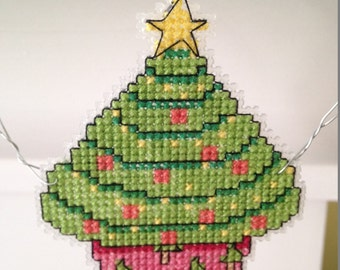 New Holiday Cupcake Christmas Cross Stitch Ornament