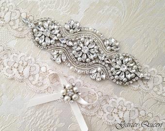 Ivory Lace Garter Set, EXCLUSIVE Wedding Garter Set, Bridal garter Set, Rhinestone Garter, Ivory Garter, Crystal Garter