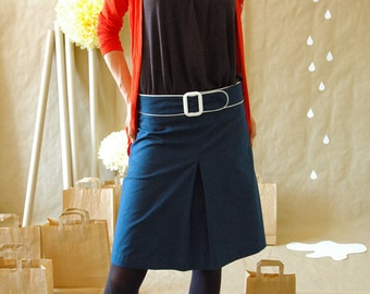 Retro 60ies skirt with buckle in blue