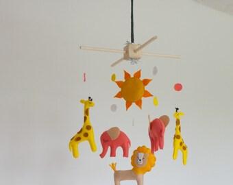 Baby mobile, baby crib mobile, Safari Mobile, Animal mobile, Elephant mobile, lion, giraffe, sun, baby shower gift