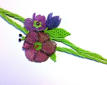 One of a kind beaded bracelet with purple flowers and pearls - Artisan jewellery