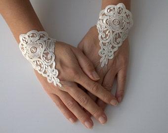 ivory wedding gloves, Lace mitten, bridal accessories, brides cuffs