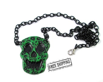 Big Skull necklace Rockabilly jewelry rockabilly skull  creepy cute pastel goth kawaii - punk rock jewelry - deathrock psychobilly  jewelry