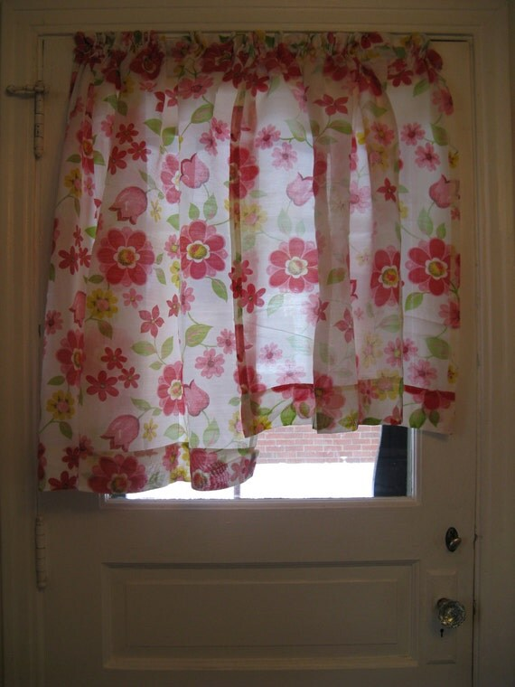60s 70s pink red yellow floral curtains 4 panels and. Black Bedroom Furniture Sets. Home Design Ideas