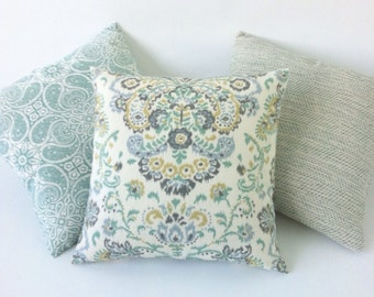 12 Sizes Available: One Seafoam Mint Zipper Pillow Cover Seafoam Zipper pillow cover Mint Green Zipper pillow cover-A4N0