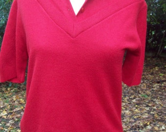 Pin-up girl 50s cherry red short sleeved sweater