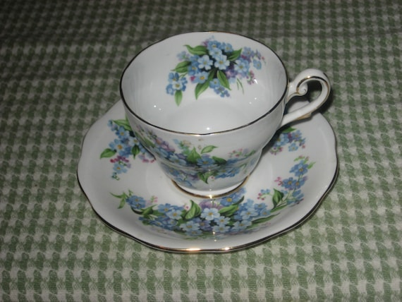 Reduced Royal Standard Teacup And Saucer England By