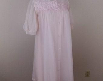 1970's Pale Pink Robe & Gown Set sz Petite