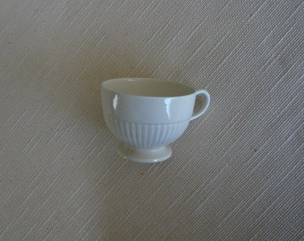 Wedgwood of Etruria Edme Pattern Creamware Earthenware Cup - Made Pre-1921