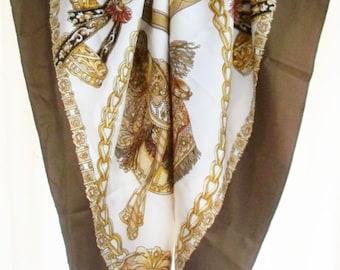 Vintage scarve.Cream / Brown