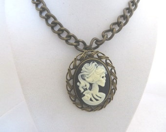 Steampunk Necklace Jewelry Antique Gold Brass Bronze Skull Cameo Black White Pendant Punk Goth Halloween Jewelry Witch