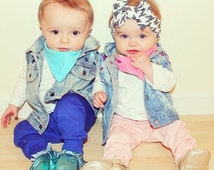 Opposite Twinnies Vest - Boy and Girl Twin Outfits Bringing Baby Home - twin baby outfit - twin boy girl outfit - boy girl twin outfit