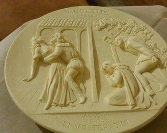"""Verdi """"Rigoletto"""" Limited Edition La Scala Opera Alabaster 3D Gino Ruggeri Collector Plate"""
