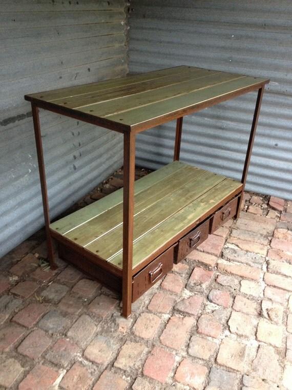 Ti piace questo articolo with mobili industriali - Mobili industriali vintage ...