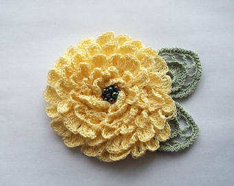 Yellow crochet flower brooch, yellow crochet brooch, flower brooch, handmade, crochet pin, accessory,corsage,wedding,mother of the bride.