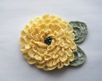 Yellow crochet flower brooch, yellow crochet brooch, flower brooch, handmade, crochet pin, accessory,corsage,wedding,mother of the bride.