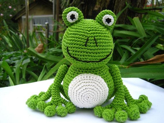 Amigurumi Green Frog : Amigurumi green chrochet frog pattern