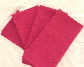 20 by 20.5 Fuschia Dinner Napkins - Set of 4
