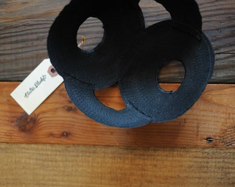 Black Textured Shape Hat
