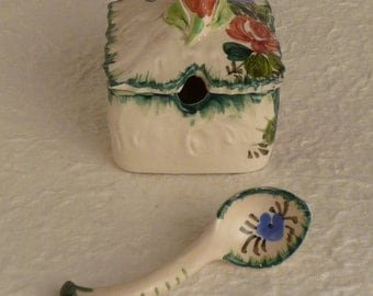 Made in Italy ceramic condiment container with ceramic spoon