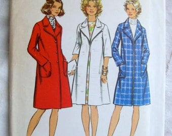 Simplicity 5526 Womens 1970s Winter Coat Vintage Sewing Pattern Bust 38