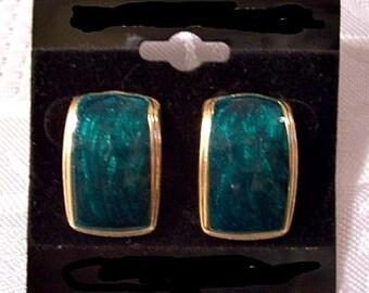 Green Blue Black Marbled Pearl Enamel Square Pierced Earrings Gold Tone Vintage Swirl Enamel Ribbed Rimmed Edge
