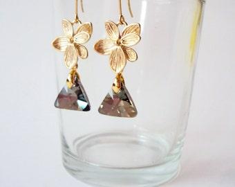 Triangle Earrings, Gray Gold Dangle Earrings, Drop Earrings, Floral Earrings, Golden, Everyday Earrings, Nature Jewelry