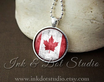 Rustic Canadian Flag Necklace, Canada Flag Necklace, Canadian Flag Pendant