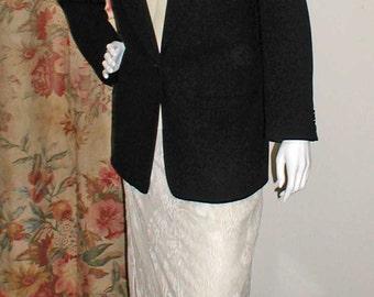 DKNY Midnight Navy Lightweight Wool One Button Blazer - Size 6