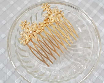 Gold Hair comb - bridal Hair Comb - pearl Hair Comb - Bridal Hair Accessories - floral Hair Accessories - Bridal hair jewelry - head piece