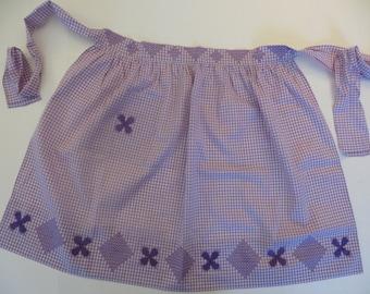 Vintage Apron, 50s Handmade Apron, Cross Stitch Embroidery, Light Purple, Gingham Check Cotton, Mid Century, Retro Apron, Unused. Rockabilly